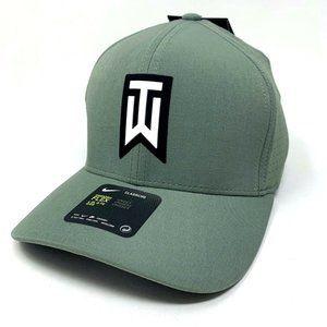 Nike Tiger Woods AeroBill Classic 99 Golf Hat